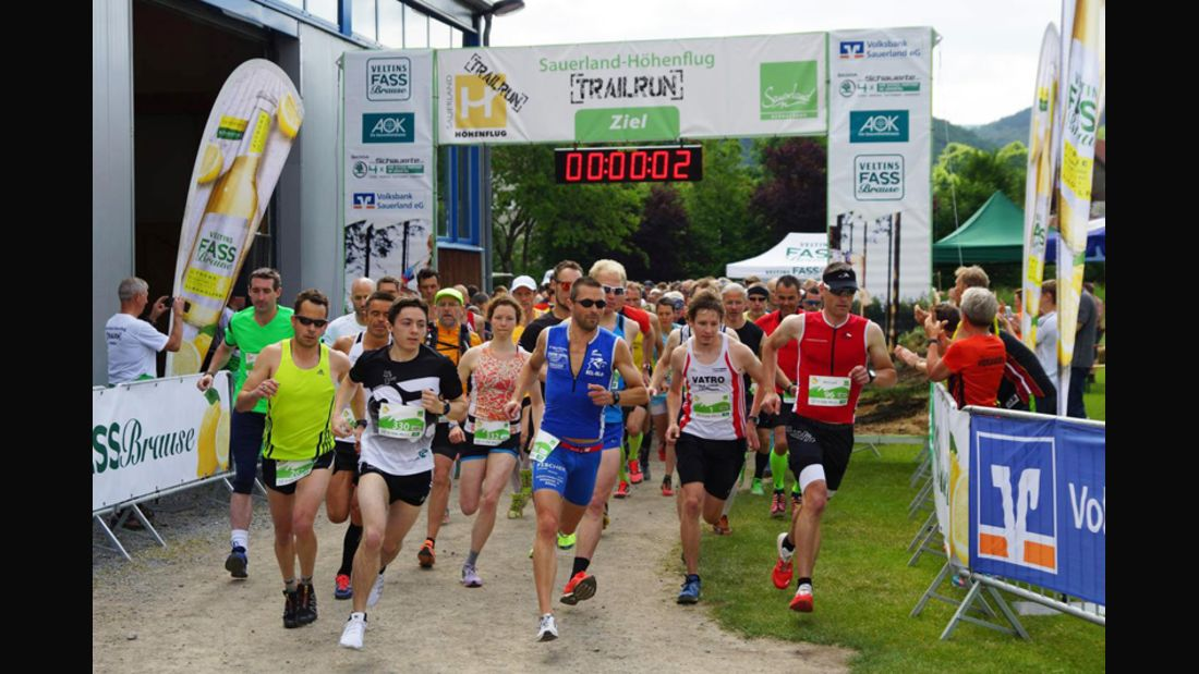 2. Sauerland-Höhenflug-Trailrun 2015 Start Halbmarathon