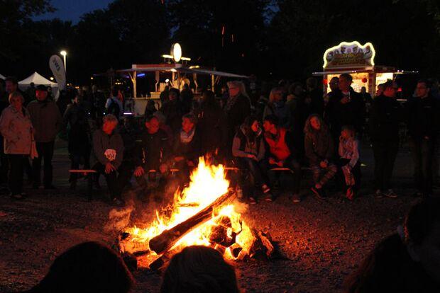 24-Stunden-Burginsellauf Delmenhorst: Lagerfeuer