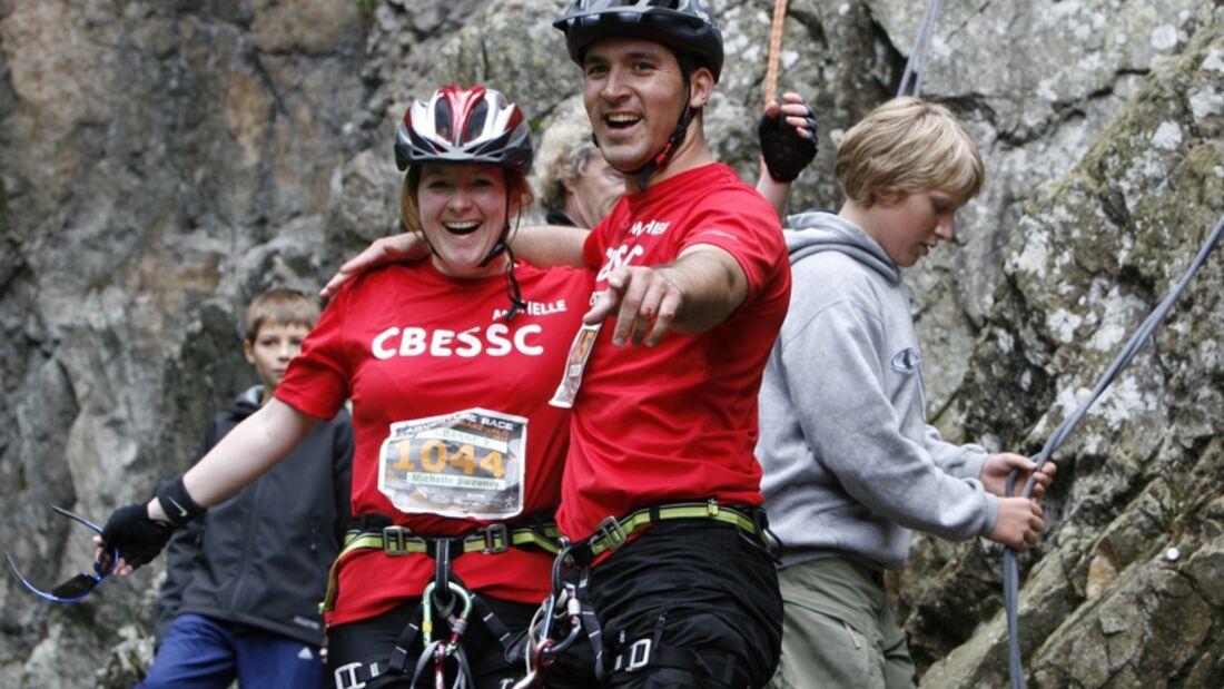 Abseilen beim Adventure Race Schwarzwald