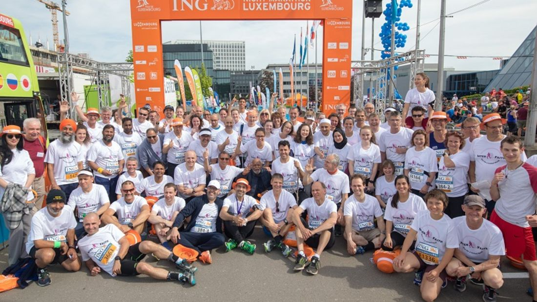 Am Start des InterFaith - Run for a United World Luxemburg