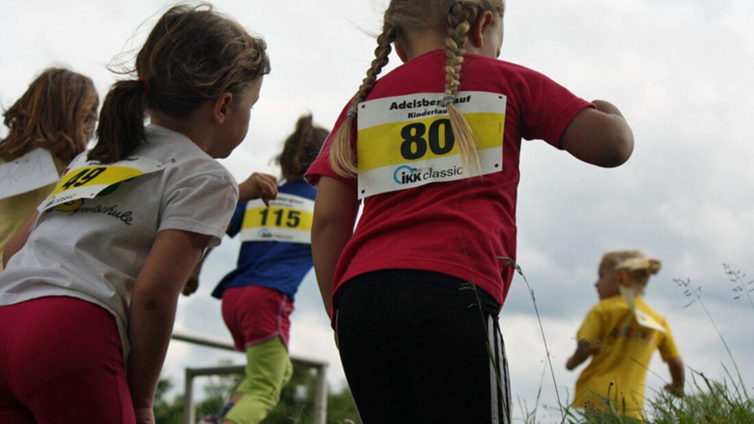 Auch die Kleinsten sind beim Chemnitzer Adelsberglauf dabei.
