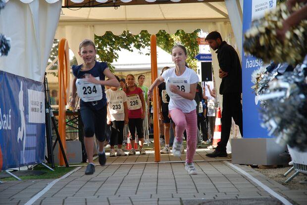 Auch junge Teilnehmer sind beim Treppenhauslauf willkommen.