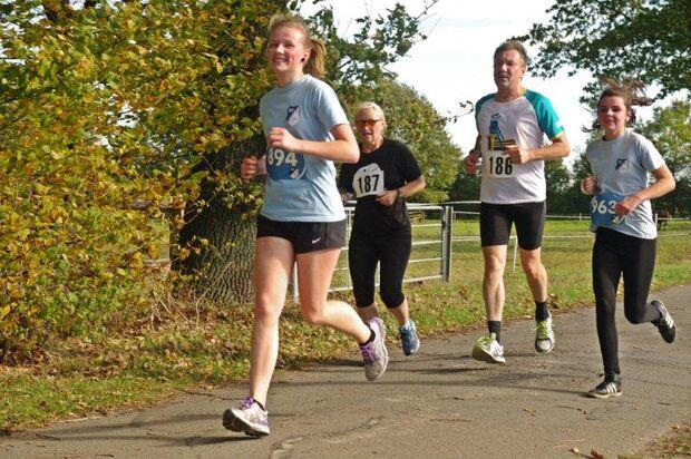 Auf der Strecke beim Boitzer Herbstlauf Walsrode
