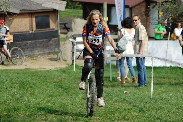 Beim Riegersburglauf-Einrad in Fürstenfeld geht es über Stock und Stein.