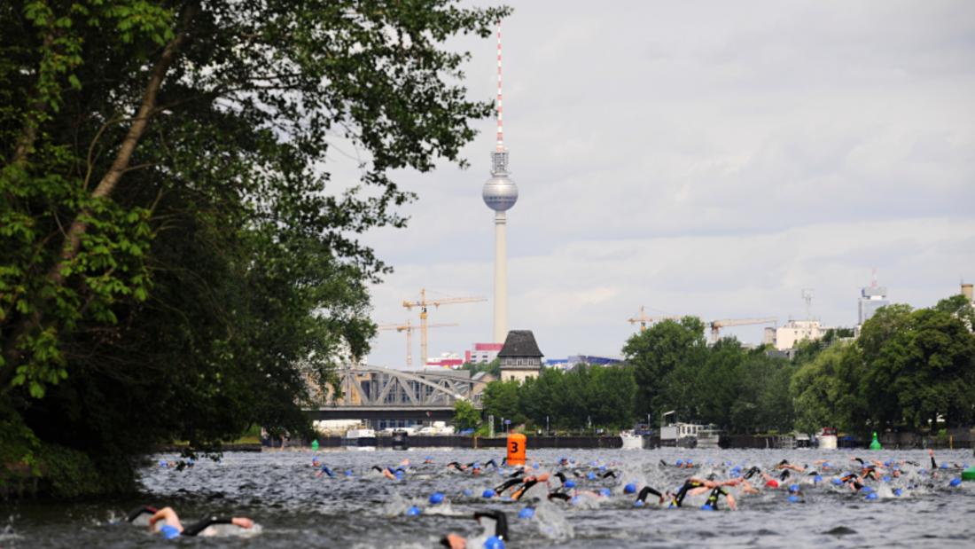 Berlin Triathlon: Schwimmen in der Spree