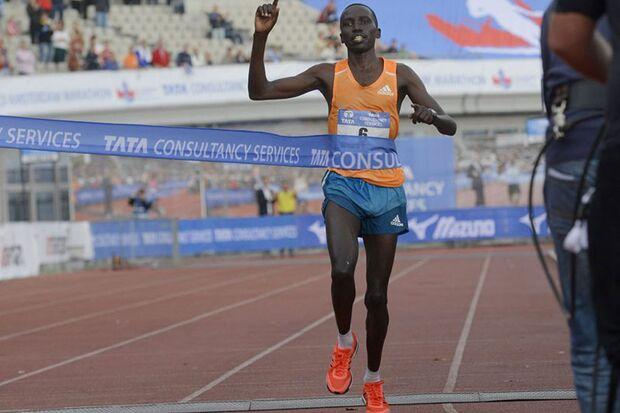 Bernard Kipyego gewinnt den Amsterdam-Marathon 2014