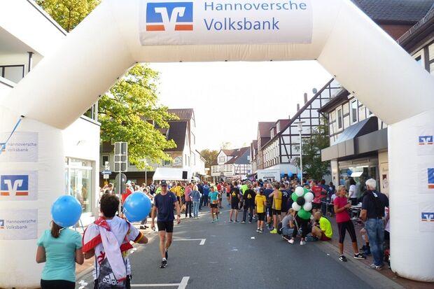 Burgdorfer Spargel-Lauf: Nachzielbereich auf der Poststraße