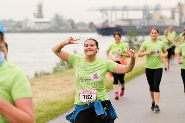Der Frauenlauf in Ludwigshafen geht direkt am Ufer des Rheins entlang 2