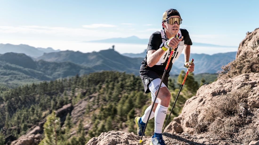 Der Top-Trailläufer Pau Capell nutzt Trailrunning-Stöcke