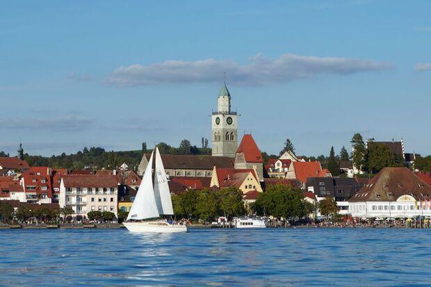 Der Überlinger Halbmarathon führt direkt am Bodenseeufer entlang.