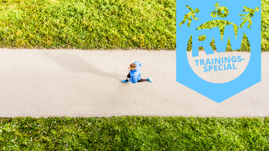 Der lange Lauf, auch Long Jog genannt, ist ein langer, langsamer Dauerlauf mit dem Ziel der Verbesserung der aeroben Leistungsfähigkeit.