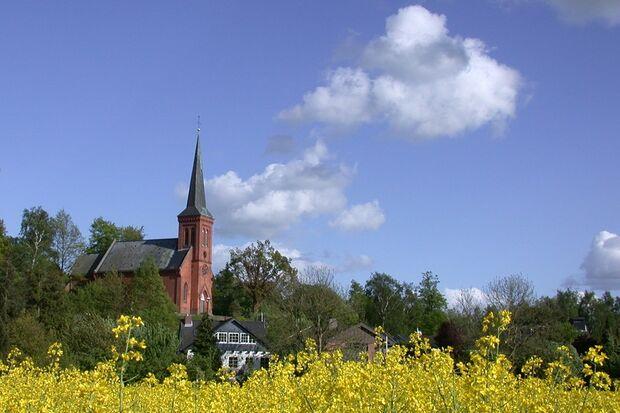 Die Kirche Klein Wesenberg veranstaltet den Silvesterlauf.