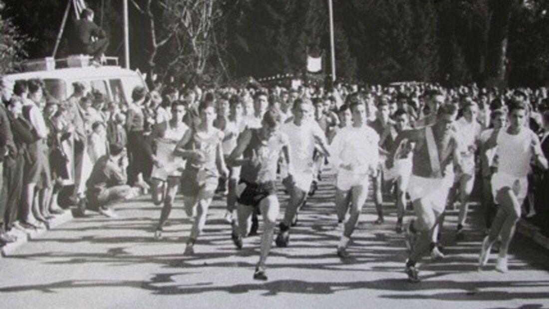 Die ersten deutschen Volksläufer auf der Strecke in Bobingen