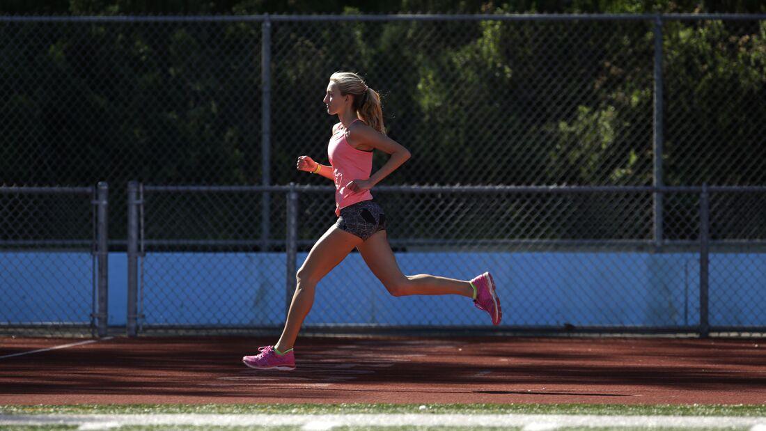 Eine Laufbahn ist ideal, um schnelle Trainingseinheiten zu absolvieren.