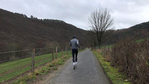 Für das Training an Anstiegen braucht man keine hohen Berge.