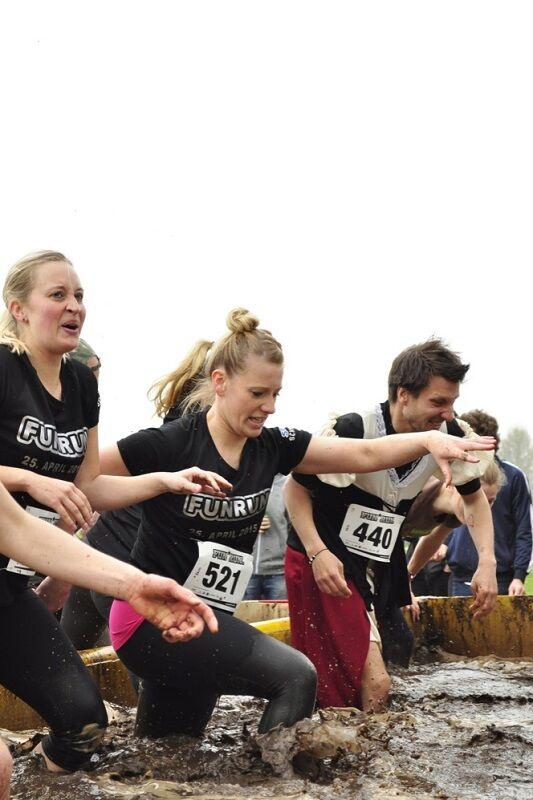 Fun Run SH Kiel: Und einmal durch die Schlammgrube!