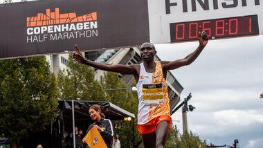 Geoffrey Kamworor Half Marathon World Record Copenhagen