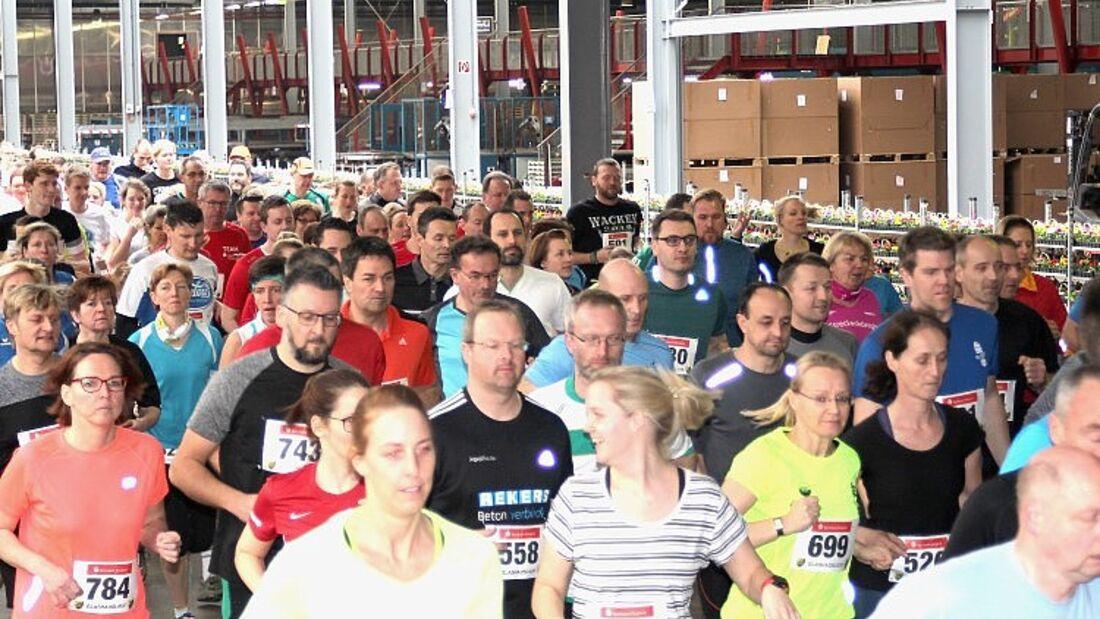 Glaushauslauf Emsbüren: Kurz nach 5-km-Start 2017