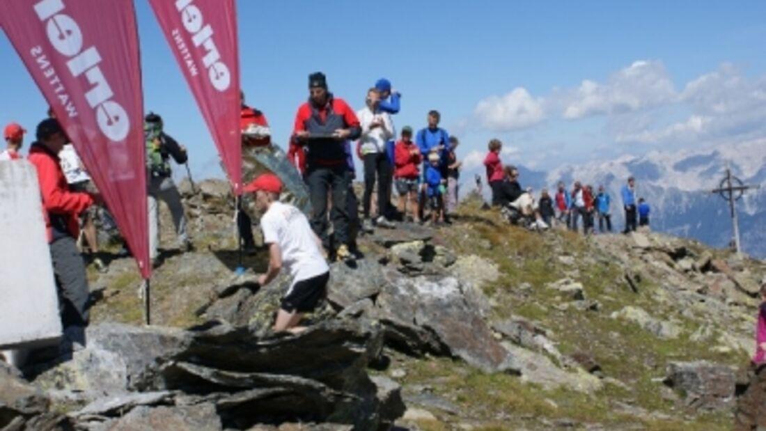 Glungezer Verglauf: Zieleinlauf auf dem Glungezer Gipfel