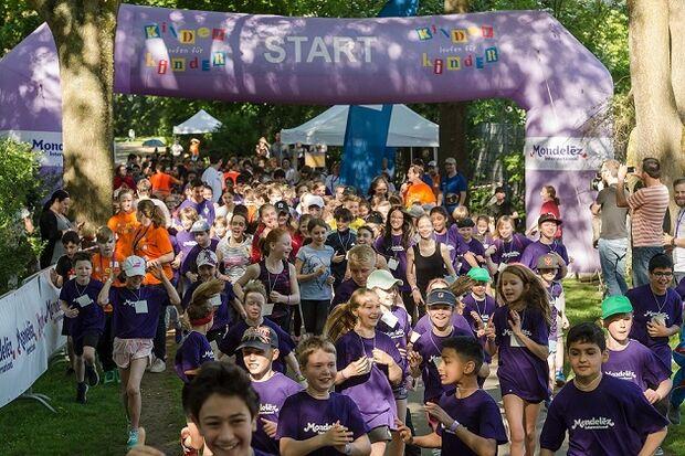Großartiger Start des Benefizlaufs mit Sportfest für Schulen in Bremen 2