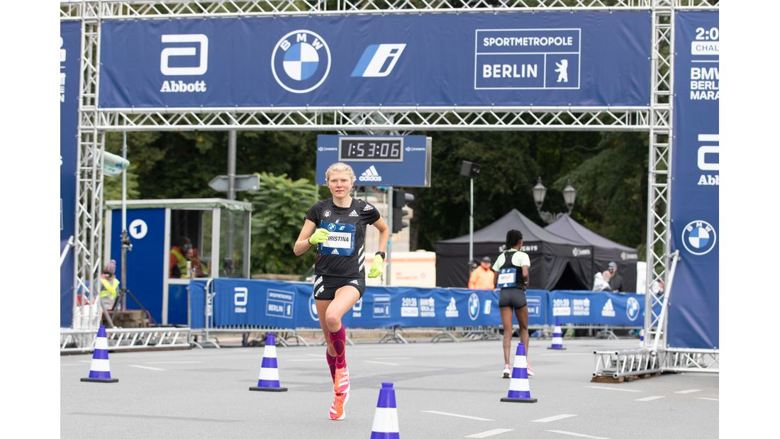 Impressionen von der 2:01:39-Stunden-Challenge Berlin 2020