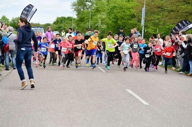 Kinder beim Springtime Run in Karlsdorf-Neuthard