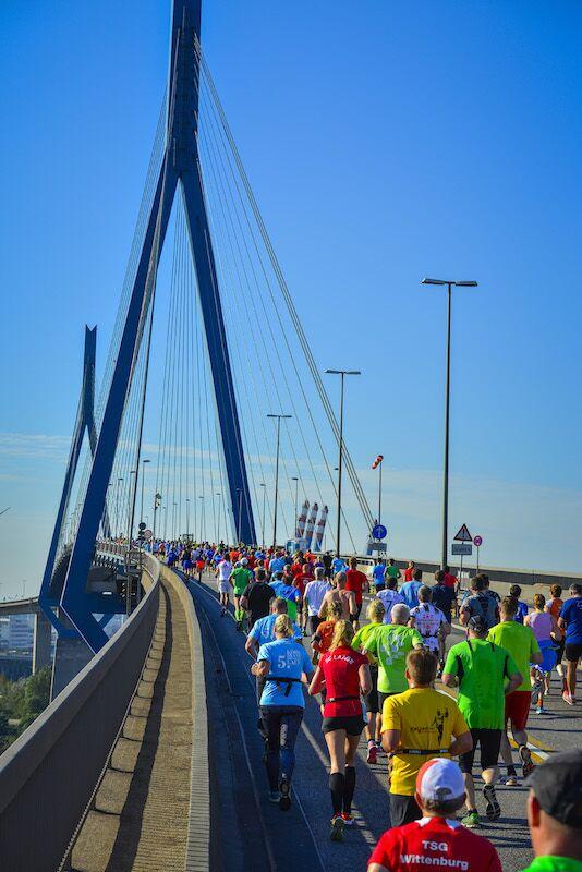 Köhlbrandbrückenlauf 2015