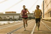 Läuferin und Läufer