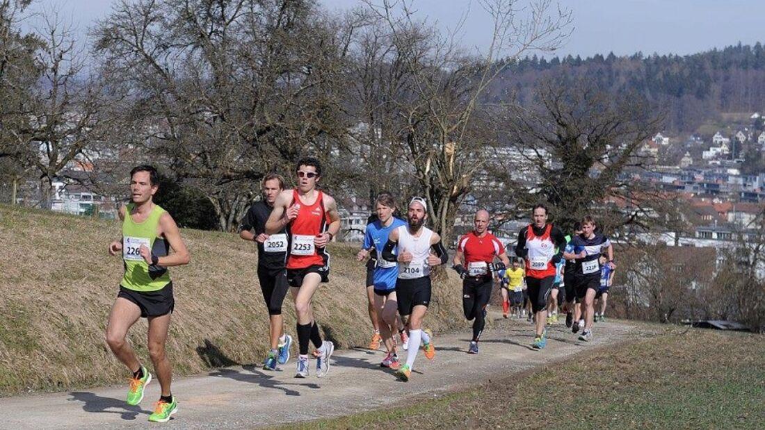 Laufsporttag Winterthur. Erste Steigung nach dem Start
