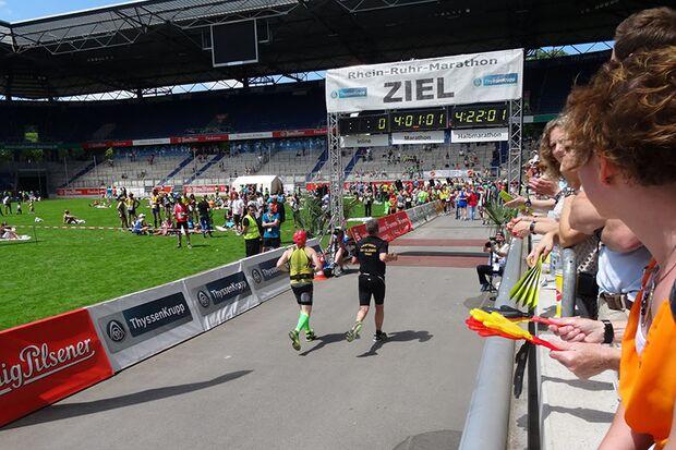 Leser-Reporter Benjamin Verhoeven, Marathon-Premiere beim Rhein-Ruhr-Marathon 2015
