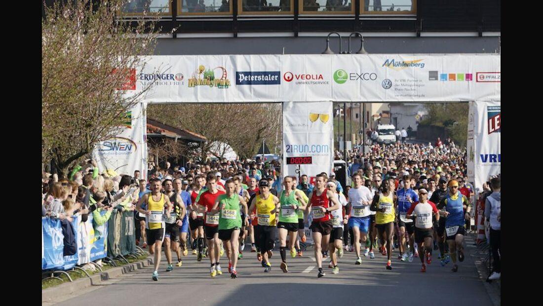 Marathon Deutsche Weinstraße 2018 Start