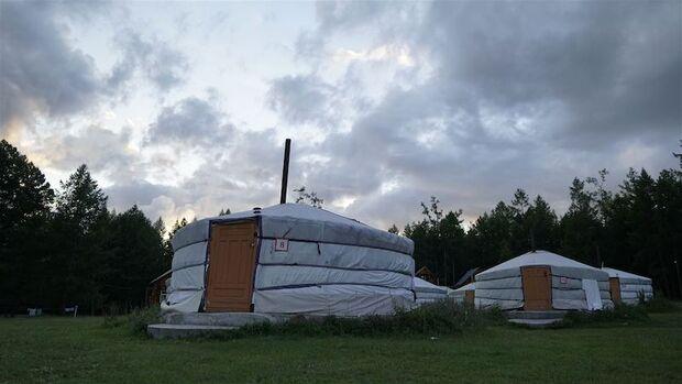 Mongolia Sunrise to Sunset Jurten