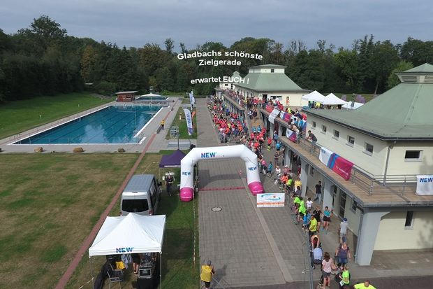 NEW Volksbad-Lauf Mönchengladbach: Mönchengladbachs schönste Zielgerade