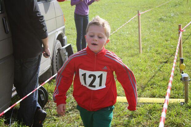 Nachwuchsläufer beim Siezenheimer Crosslauf