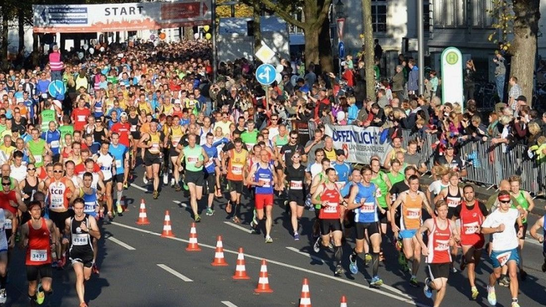 Oldenburg-Marathon: Start auf dem Theaterwall