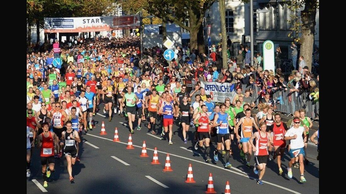 Oldenburg-Marathon: Start auf dem Theaterwall