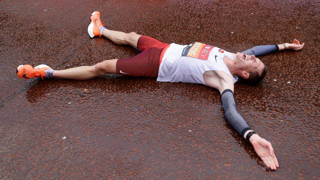 Peter Herzog nach seinem österreichischen Rekord im Ziel beim London-Marathon 2020