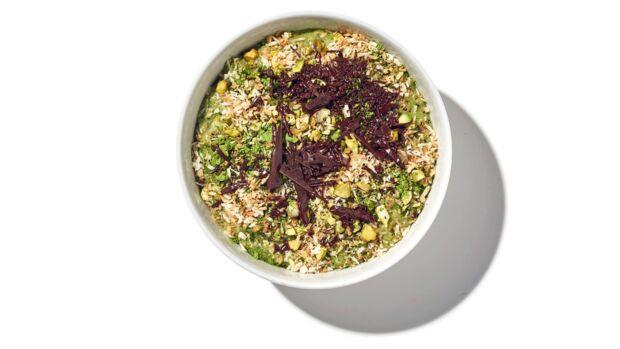 Porridge mit Kokosmilch und grünem Tee