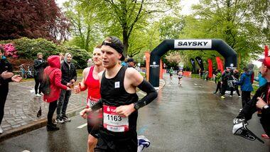 Redakteur Henning Lenertz lief beim Hamburg-Marathon 2019 eine 2:47:54.