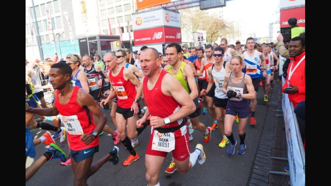 Rotterdam-Marathon Start 2015