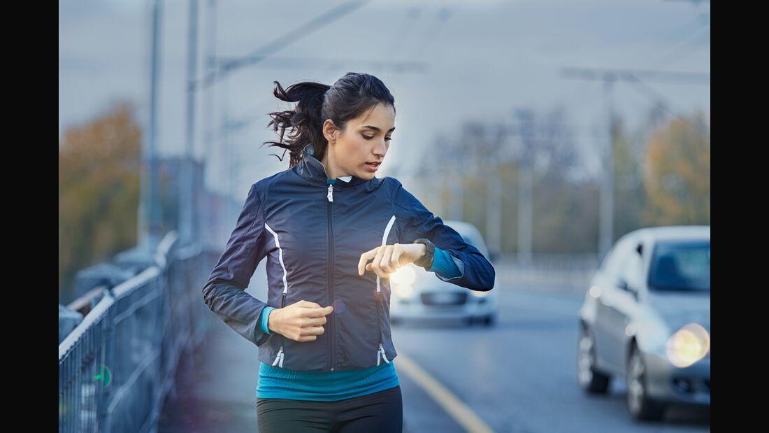 Runner checking time