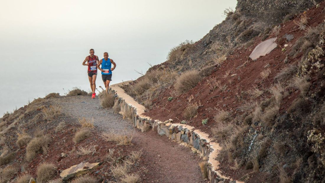 Santorini Experience Trail Run 2018 Steilküste