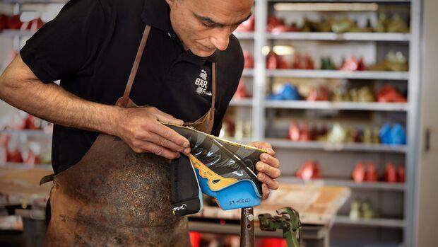 Schuhmachermeister Rafael Mora Garcia