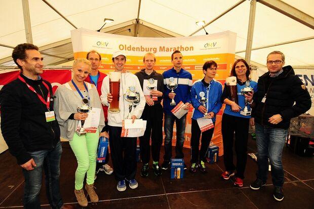 Siegerehrung beim Oldenburg-Marathon