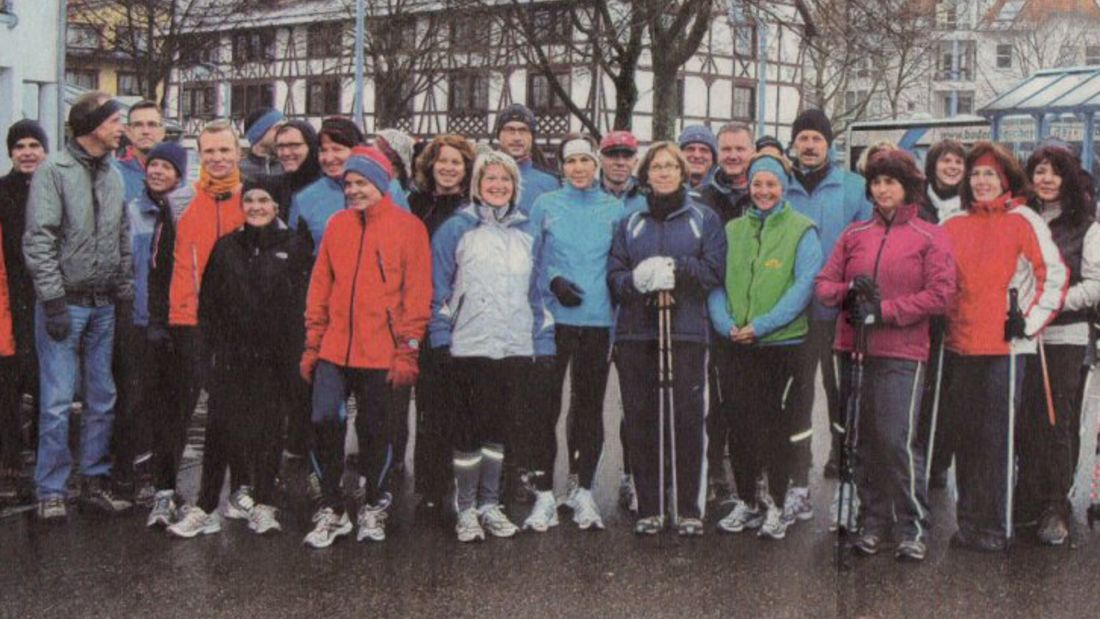 Silvesterlauf Uhldingen-Mühlhofen Laufgruppe vor dem Start