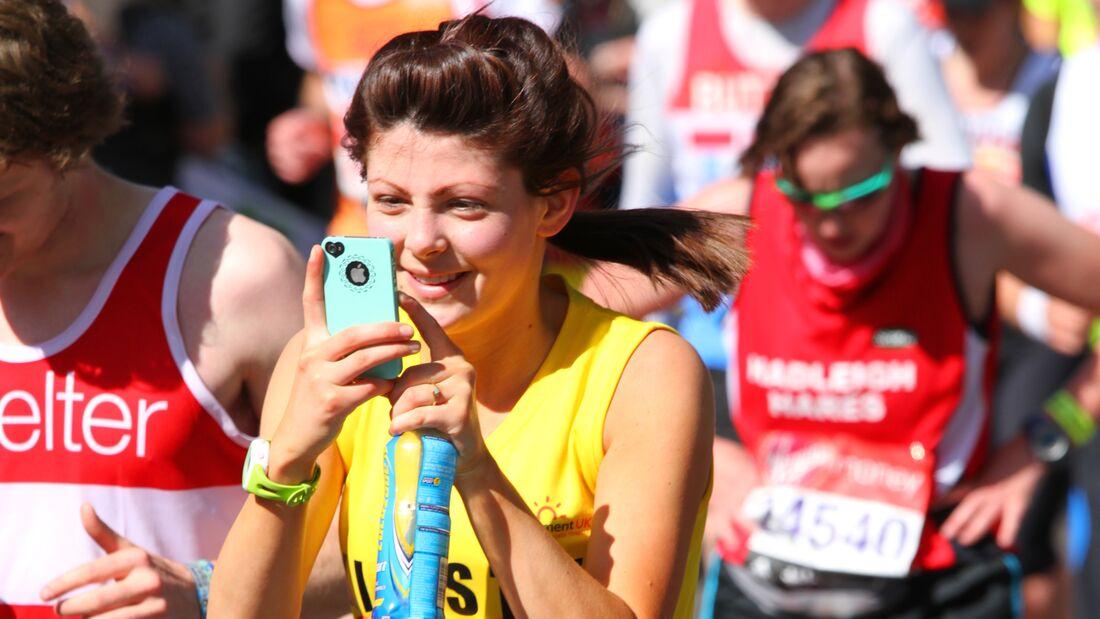 Smartphone beim Laufen