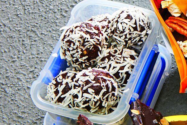 Snacks für unterwegs: Feigen-Bälle