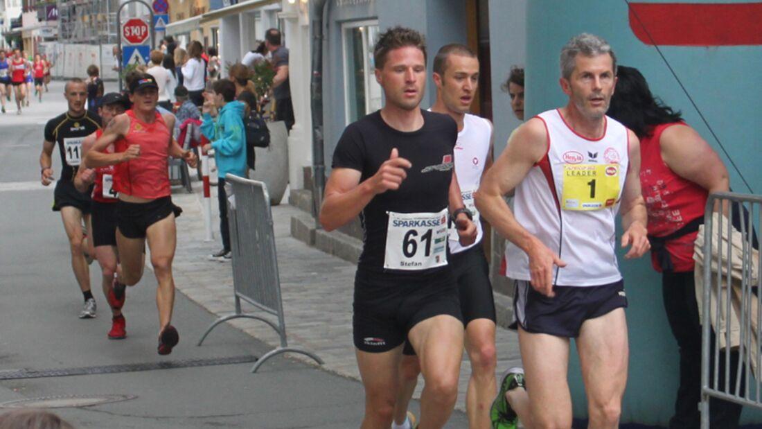 Spitzengruppe beim St. Johanner SPARKASSE-Lauf