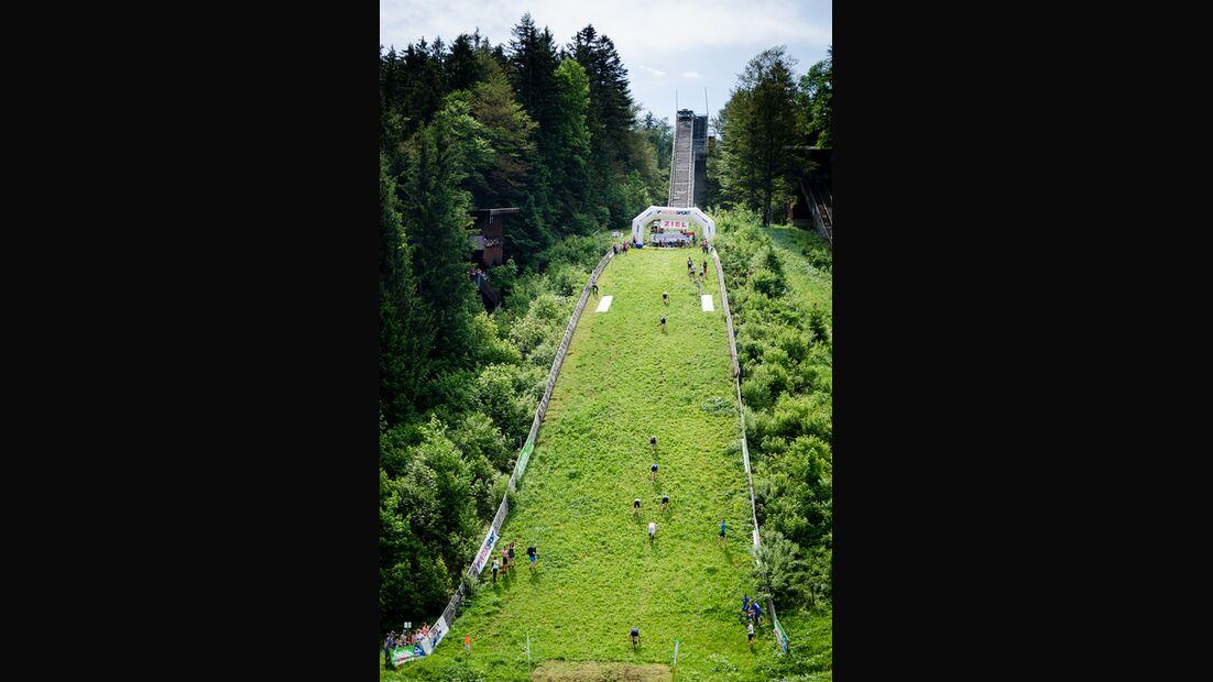 Sprungschanzenlauf Reit im Winkl: Der Aufsprunghang
