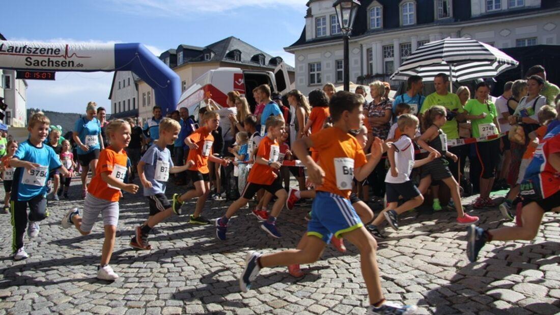 Start der Bambini beim Schwarzenberger Edelweißlauf